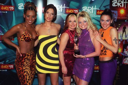 Spice Girls på the Brit Awards 1998.