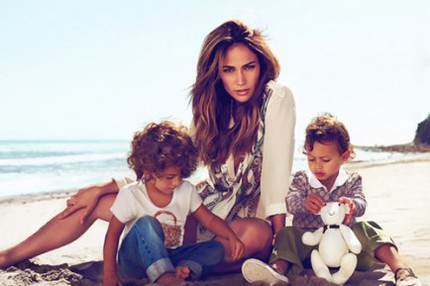 Jennifer-Lopez-Gucci-twins-