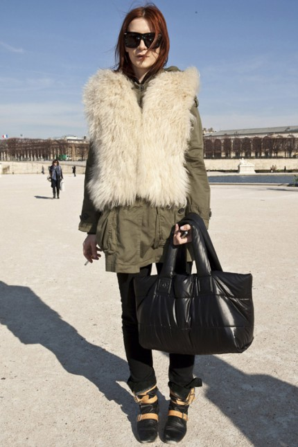 Grön parkas under Paris Fashion Week, A/W 2010.