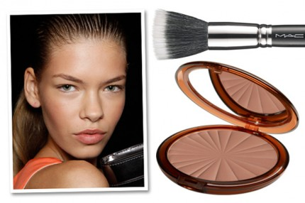 MAC Duo Fibre Brush 187, 465 kr, Isadora Bronzing Powder, 198 kr.