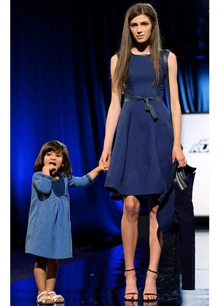 """Naim Josefi från """"Project Runway"""" har designat en outfit för Lindex."""