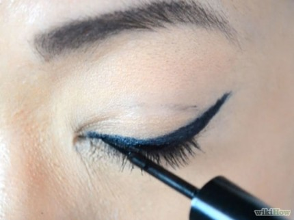 670px-Do-Winged-Eyeliner-Step-13-Version-2