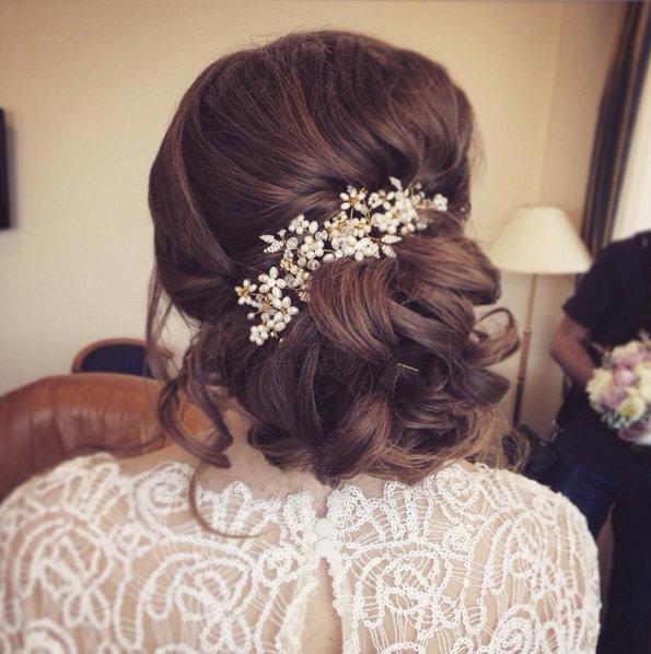 1bb554896b14 Inspiration: Romantiska håruppsättningar till bröllopsdagen | Baaam