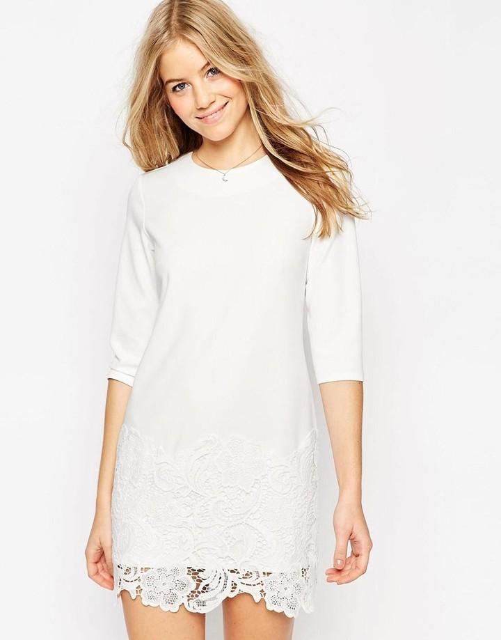 vit klänning ärm
