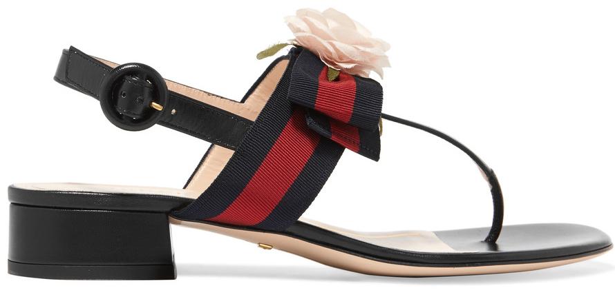 Sandaler med låg klack och blomsterdekoration från Gucci (reklamlänk via  Apprl) c38554557c657