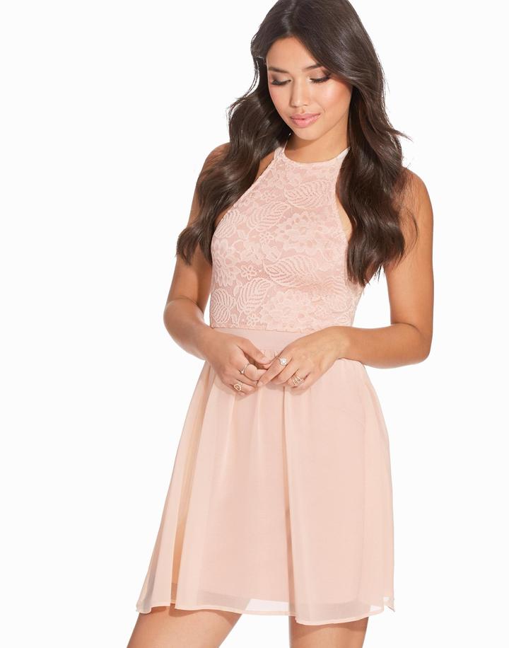 ljusrosa kort klänning