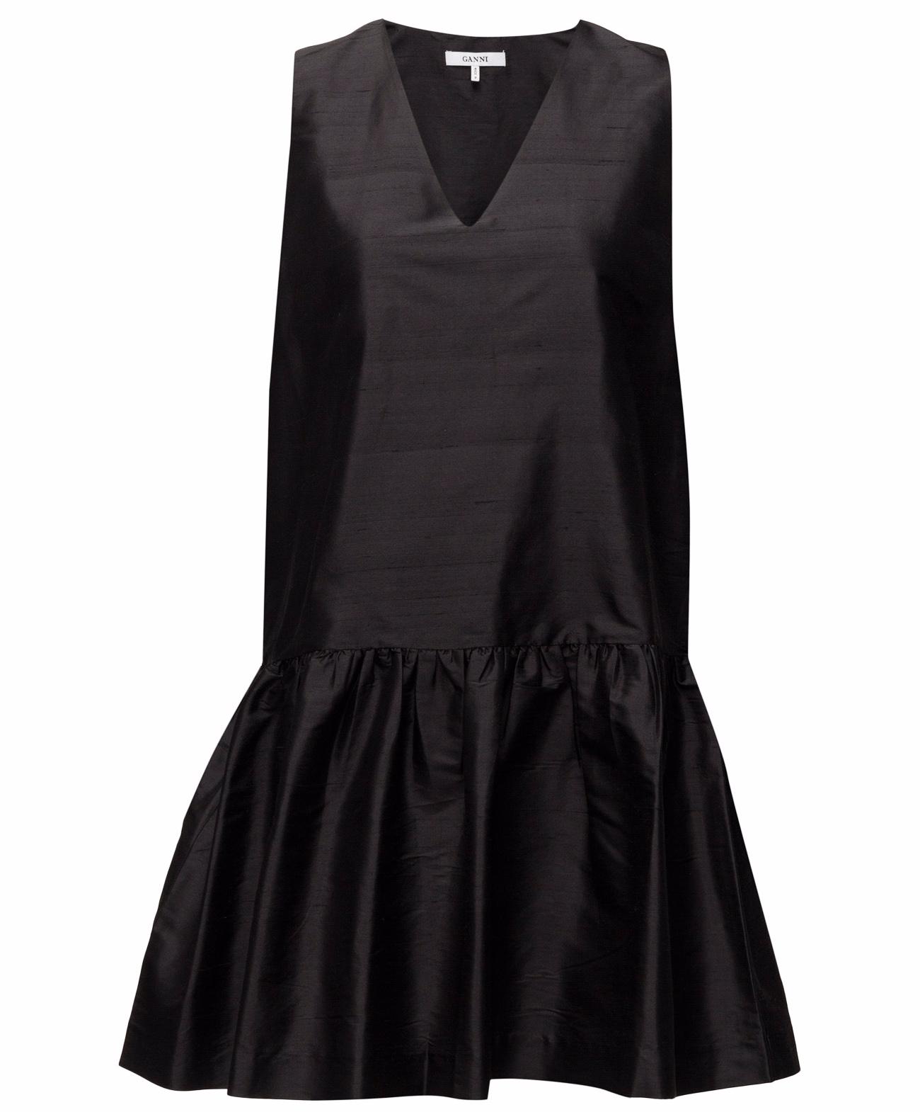 d425bd021c52 Den lilla svarta – 21 snygga svarta klänningar | Baaam