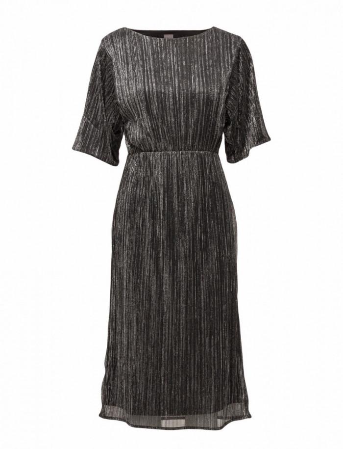 Klänning i silvergrått från ICHI (reklamlänk via Apprl) . 0394d2234f17c