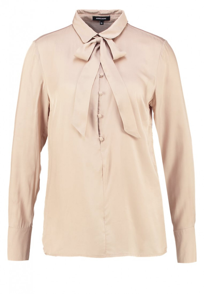 Beige-blus-more-more