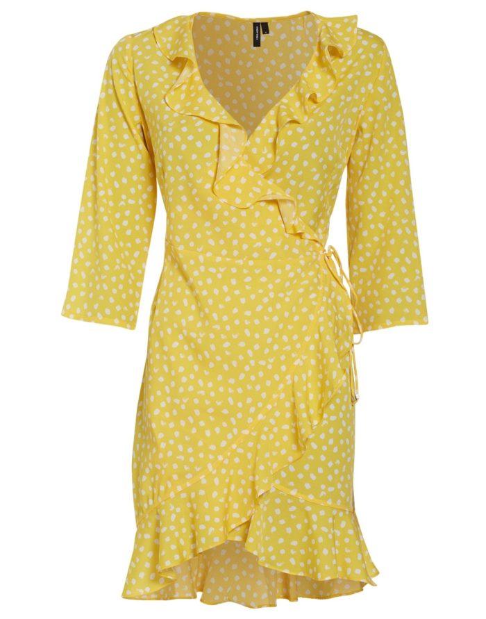 12. Prickig volangklänning från Vero moda (reklamlänk via Tradedoubler) . 87c13836ab01b
