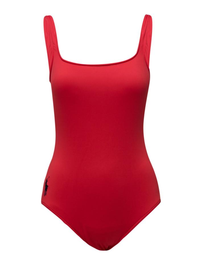 Röd baddräkt med djup ringning i ryggen från Ralph Lauren (reklamlänk via  Apprl) . 11f34238143b5