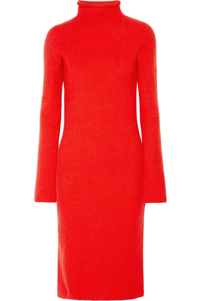 8ae5e678e38d Röd stickad klänning med polokrage från The Row (reklamlänk via Apprl) .