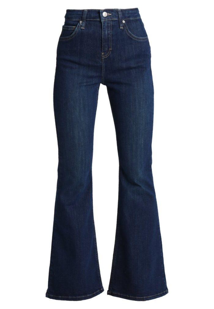 460d0dd9 Bootcut-jeans med hög midja från Topshop (reklamlänk via Apprl) .