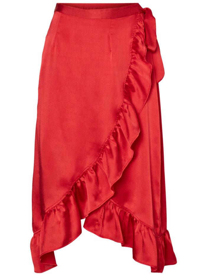 Röd volangkjol från Vero Moda (reklamlänk via Tradedoubler) . Läs mer och  köp här. (reklamlänk via Tradedoubler) 6787309759248