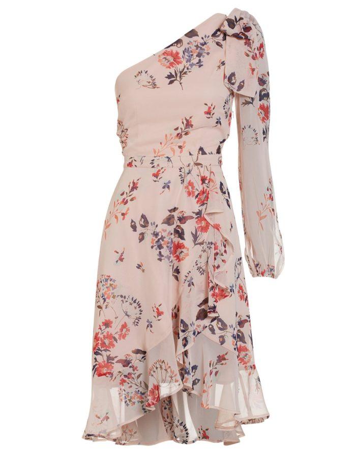Blommig klänning med en ärm från Nelly (reklamlänk via Tradedoubler) . 30eaa77861cbd