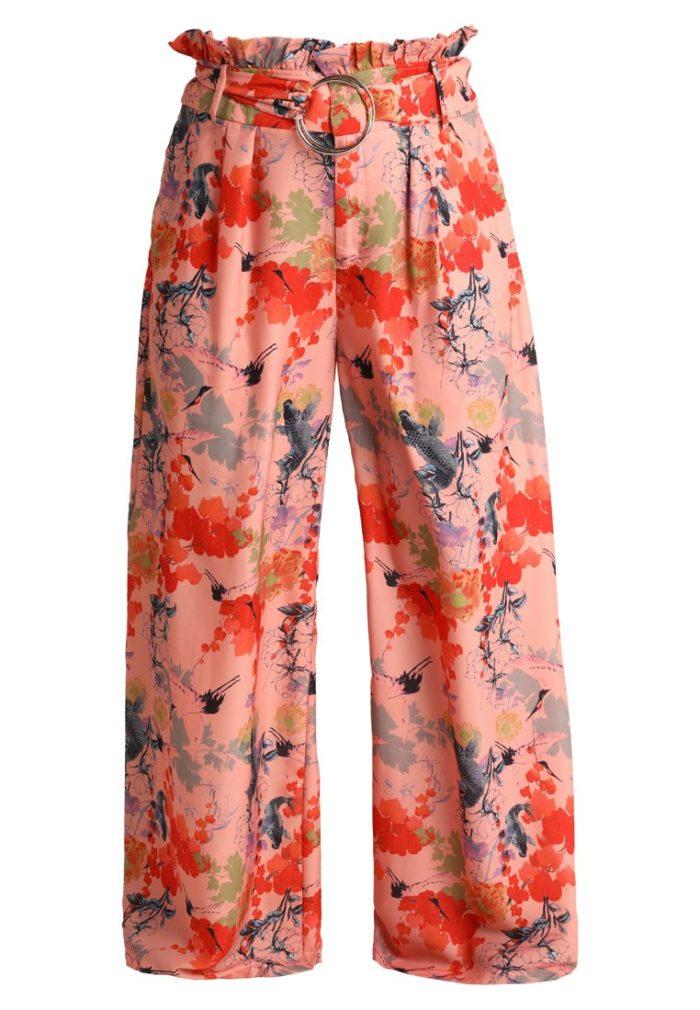 16. Blommiga byxor från Lost Ink (reklamlänk via Zanox) . Läs mer och köp  här. (reklamlänk via Zanox) ba9eafbf0171b