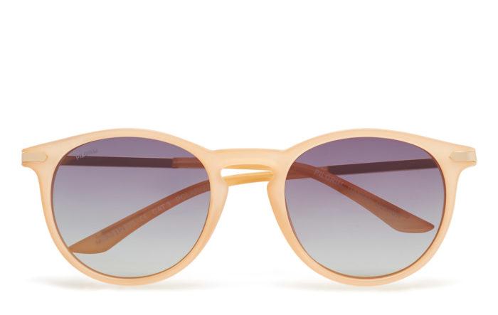 1605397f6f Ljusa solglasögon från Pilgrim (reklamlänk via Tradedoubler) . Läs mer och  köp här. (reklamlänk via Tradedoubler)