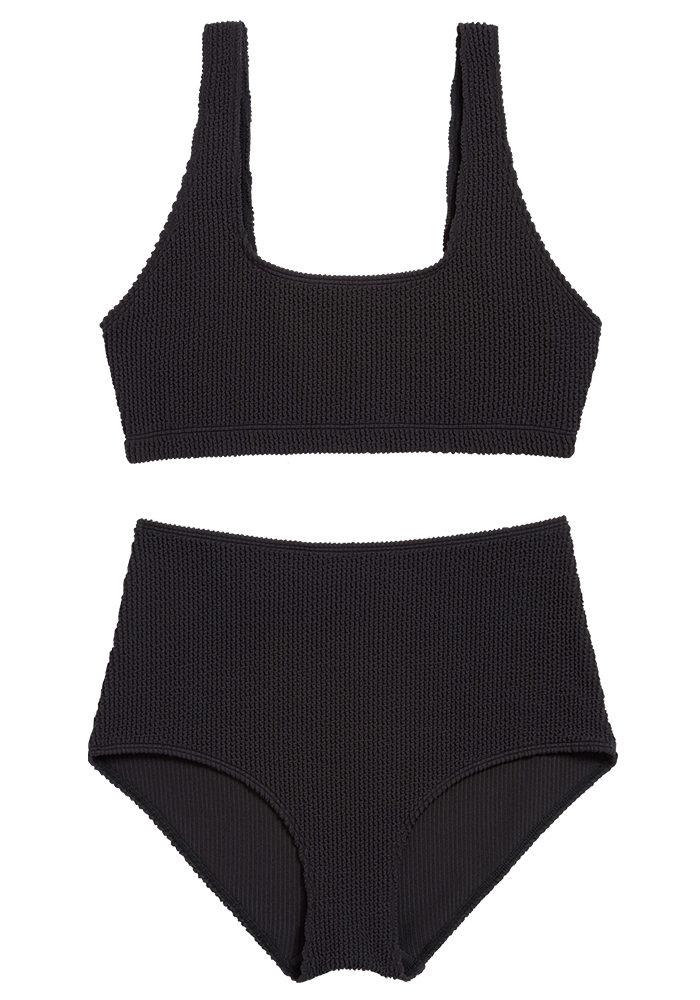 Svart bikini gjort av återvunnet polyester från Monki (reklamlänk via  Apprl) . Läs mer och köp här (reklamlänk via Apprl) . 02f855171c9b7