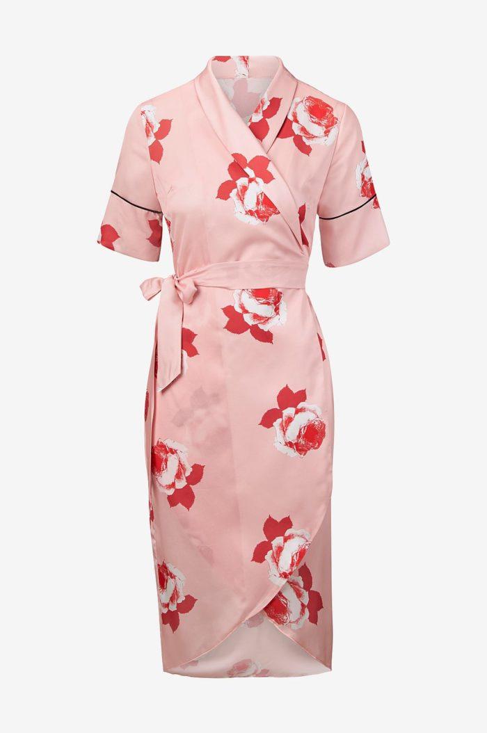Blommig omlottklänning från Ellos (reklamlänk via Awin) . 4. Blå klänning  ... f72b8eb944dc4