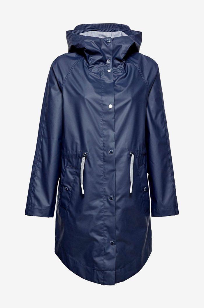blå regnjacka dam