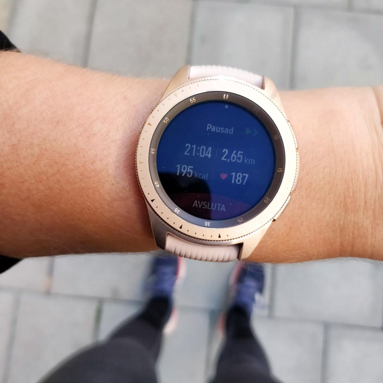 Samsung Galaxy Watch loggar din träning och följer dig på dina löprundor