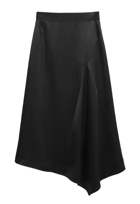 Svart kjol till festen