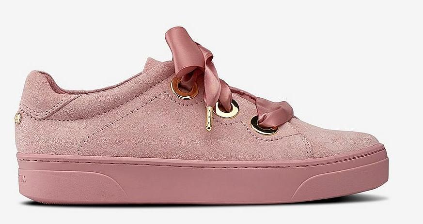 ca7aaa36 Rosa sneakers i mocka från Agnes Cecilia till dam våren 2019