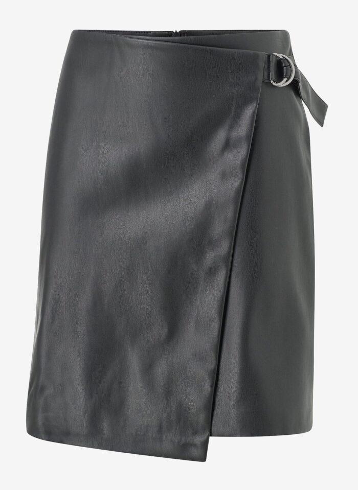Höstmode 2019: 16 fina kjolar i skinn och konstläder   Baaam
