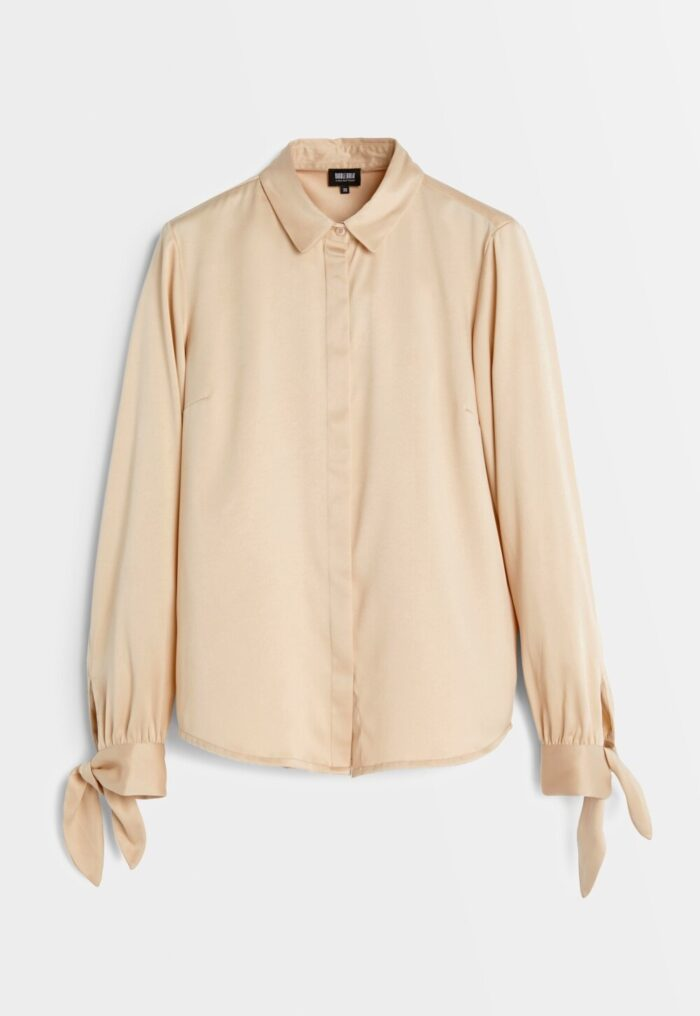 Beige skjorta för dam till 2019