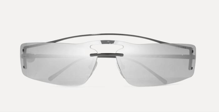 Silverfärgade solglasögon från Prada på rea