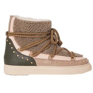 Boots, Inuikii