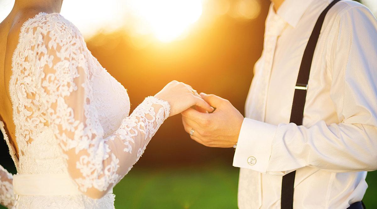 01a0ce6ecb95 Sex enkla knep för att lyckas med bröllopsbilderna | Baaam