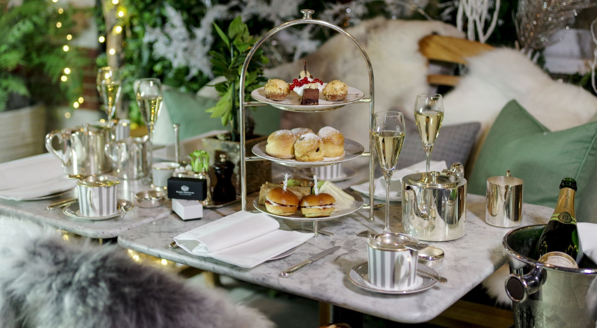 Winter-Shoot_Dalloway-Terrace_Festive-Afternoon-Tea-8_LowRes