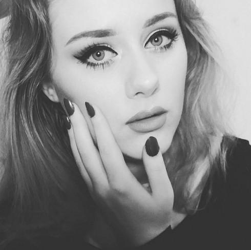 Adele-Look-Alike (1)