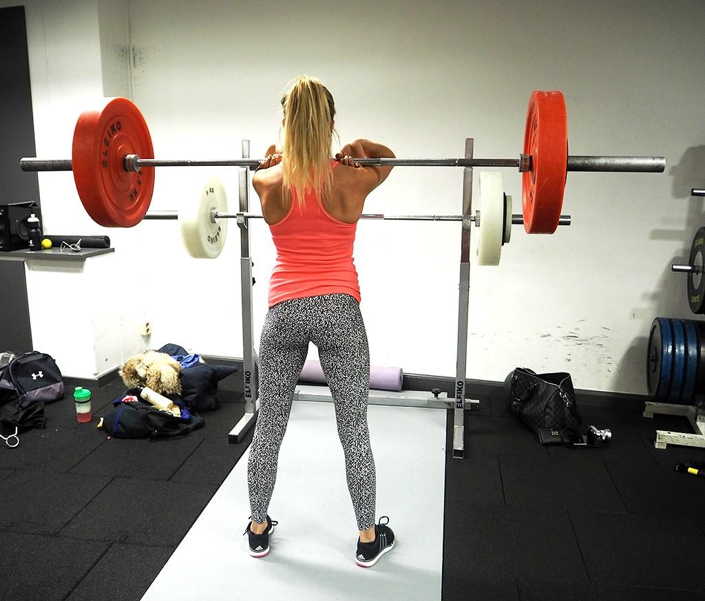 front-squats