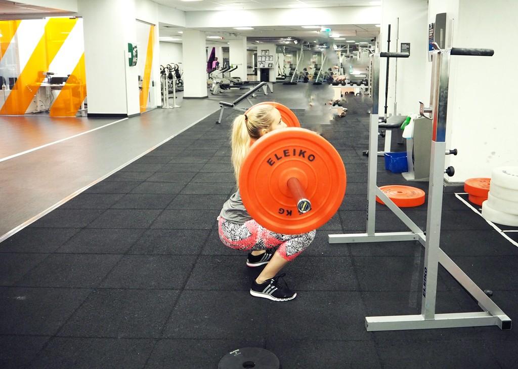 ida-warg-squats-1