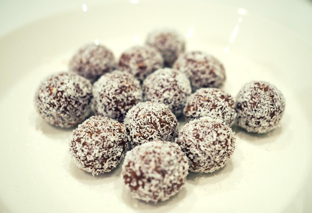 nyttiga chokladbollar dadlar
