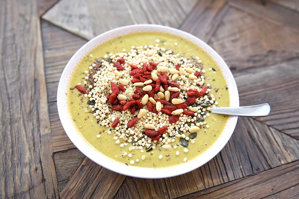 gul-smoothie-bowl