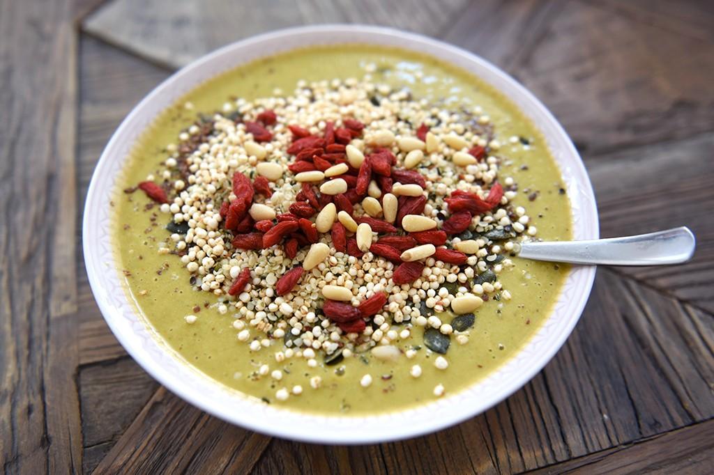 gul-smoothie-bowl-2