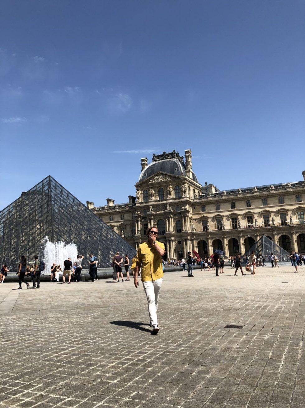 PARIS GUIDE _ HENRIETTA FROMHOLTZ