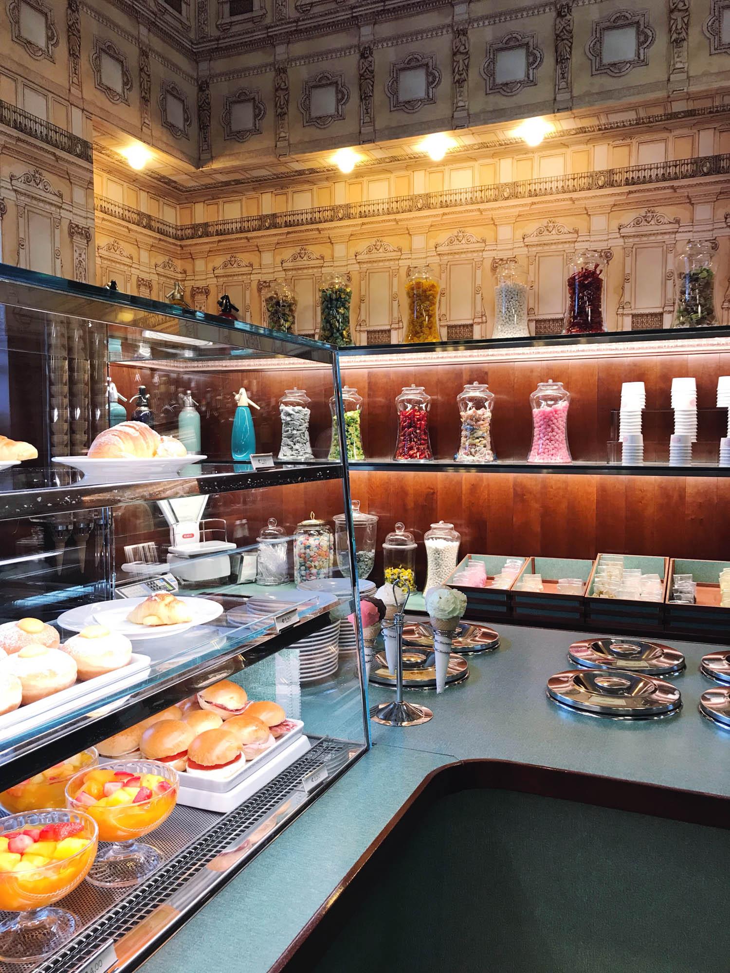 Bar Luce Milano